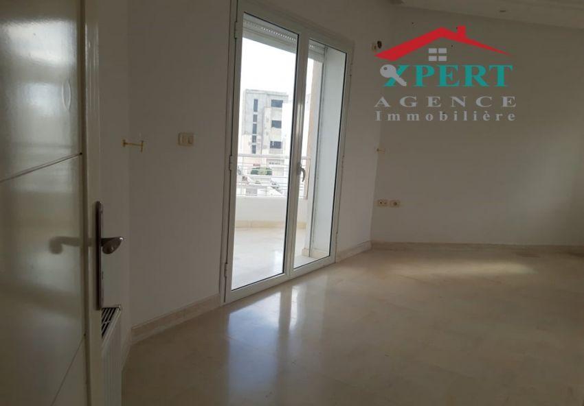 Appartement 100m², Cuisine équipée, Sahloul