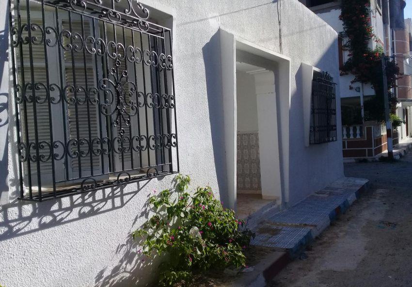 a vendre un superbe maison cité bostene kelibia