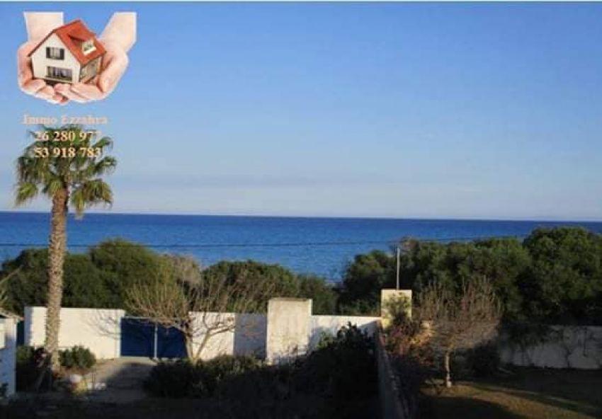 ******4 appartements front de mer a Ezzahra de kélibia ******