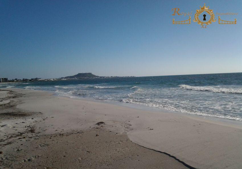 Des Lots terrains tout prés de la mer De Ain grinz