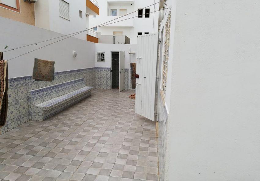 Villa RDC + étage inachevé à Hammamet nord